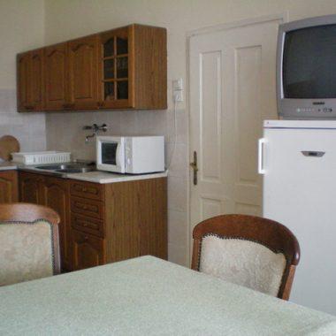 Bacchus House apartment